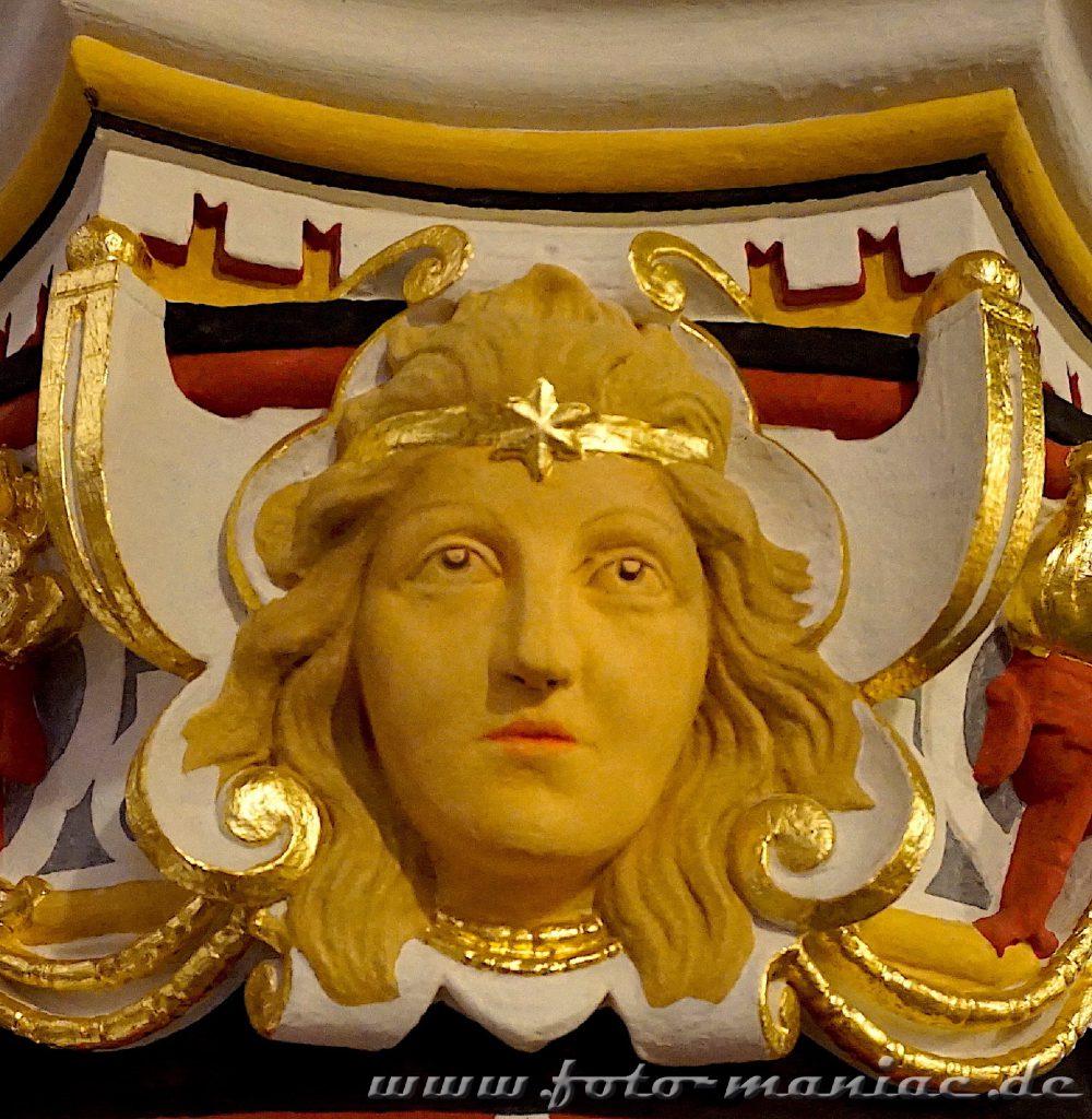 Schmuck-Ornament im prachtvollen Landgericht Halle