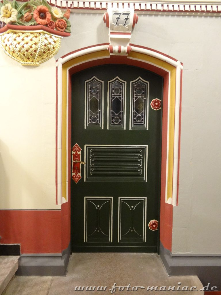 Schöne Türen im prachtvollen Landgericht in Halle