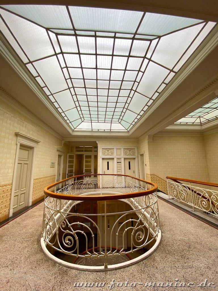 Hamburgs schöne Spiralen kann man auch im Asiahaus sehen