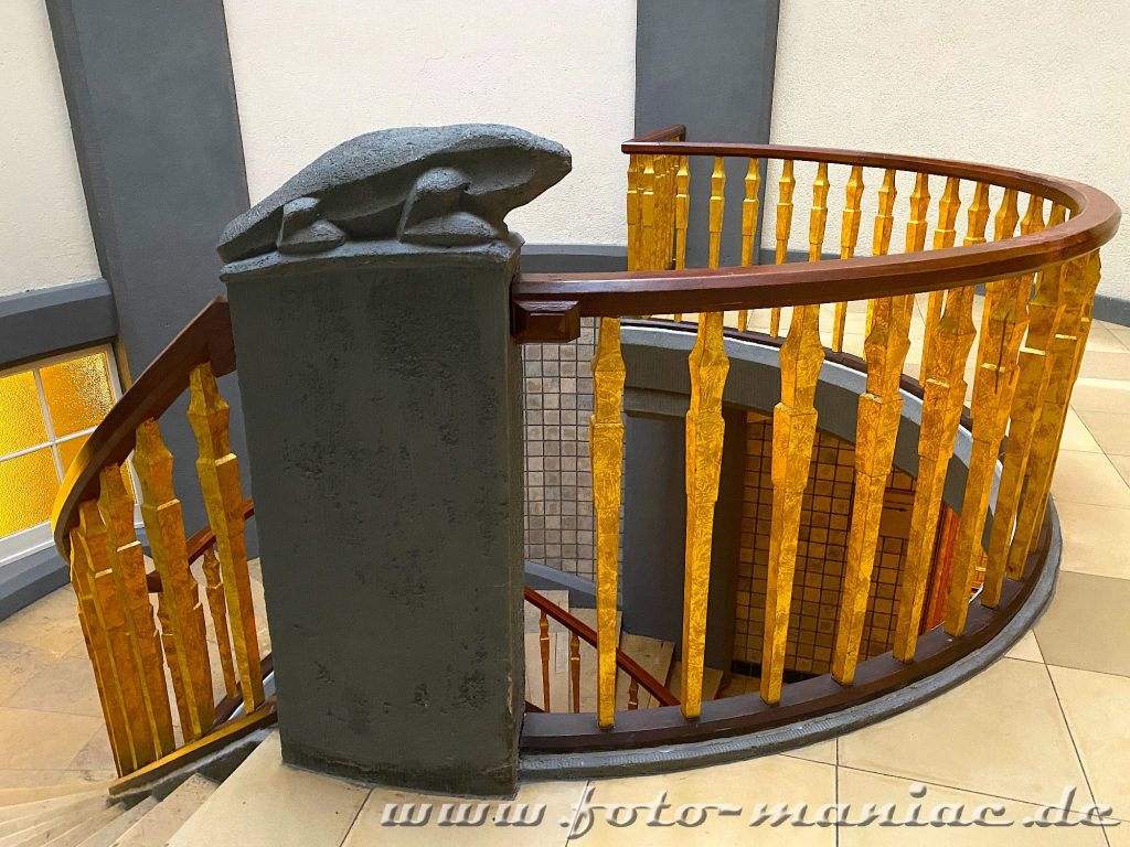 Hamburgs schöne Spiralen - Treppe im Meßberghof