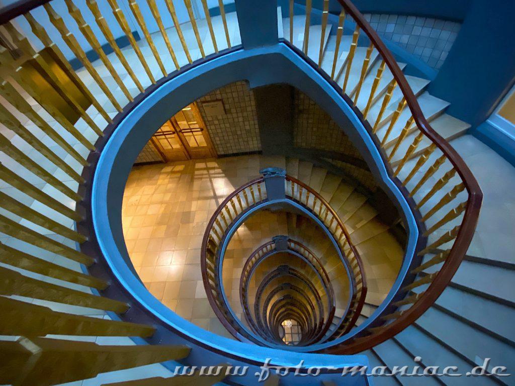 Hamburgs schöne Spiralen  im Meßberghof