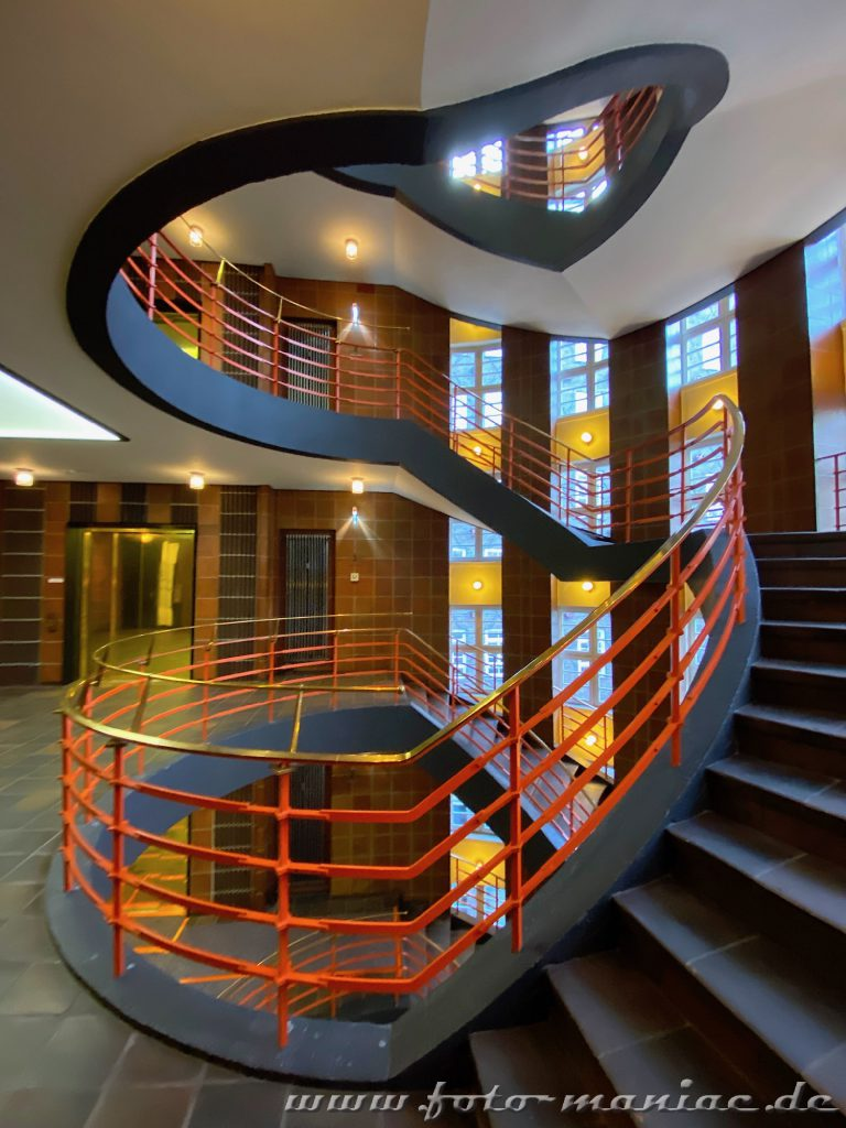 Hamburgs schöne Spiralen sind auch im Sprinkenhof zu entdecken