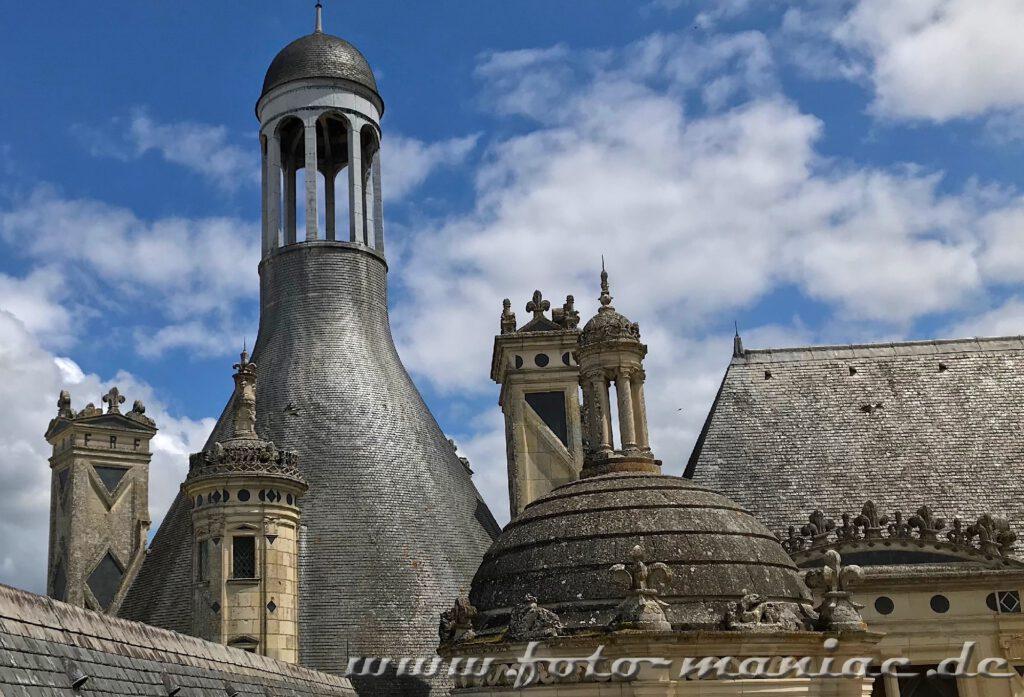 Vielgestaltige Turmaufbauten auch Chateau Chambord