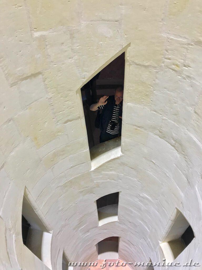 Lichthof der doppelläufigen Wendeltreppe im majestätischen Chateau Chambord