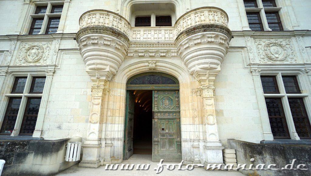 Mächtiges Portal von Chateau Chenonceau