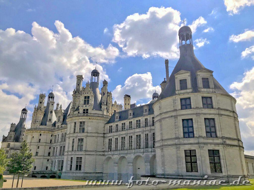 Blick auf das majestätische Chateau Chambord