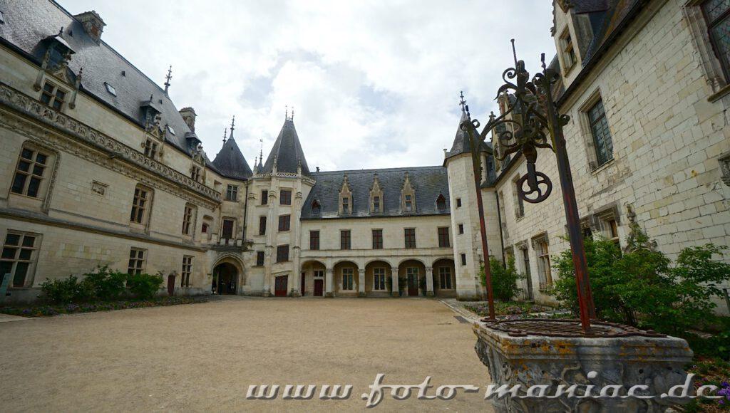 Der Innenhof vom Chateau
