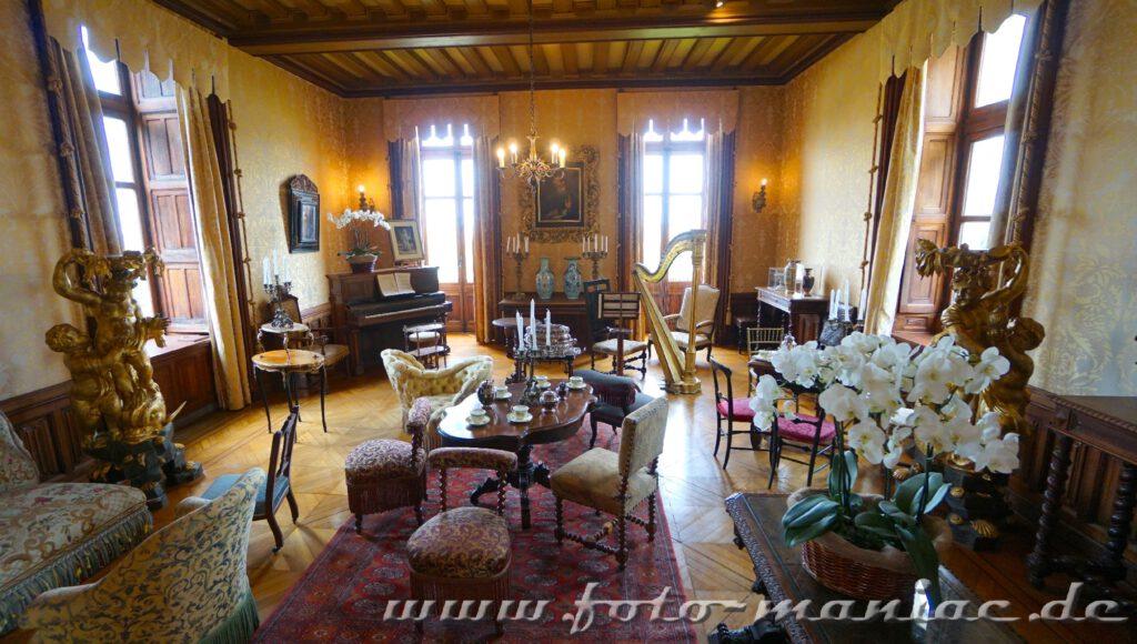 Musikzimmer im burgähnlichen Chateau Chaumont