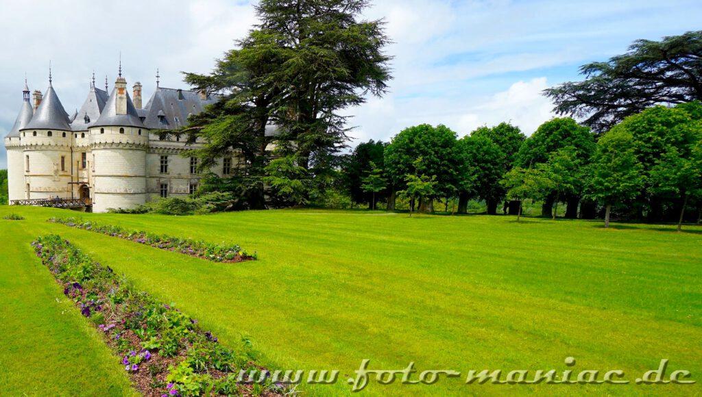 das burgähnliche Chateau Chaumont liegt in einem weitläufigen Park