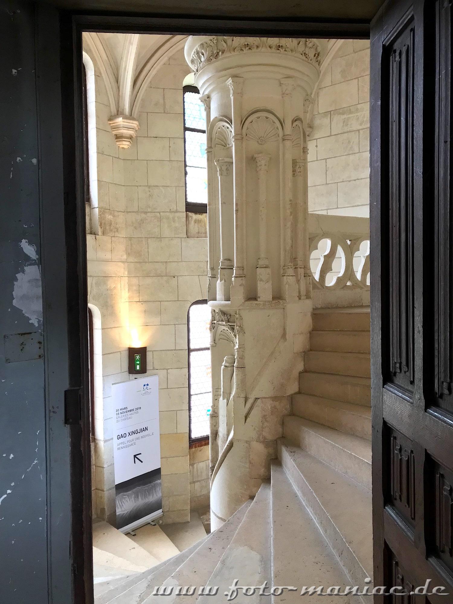 Reich verzierte Wendeltreppe im  burgähnlichen Chateau Chaumont