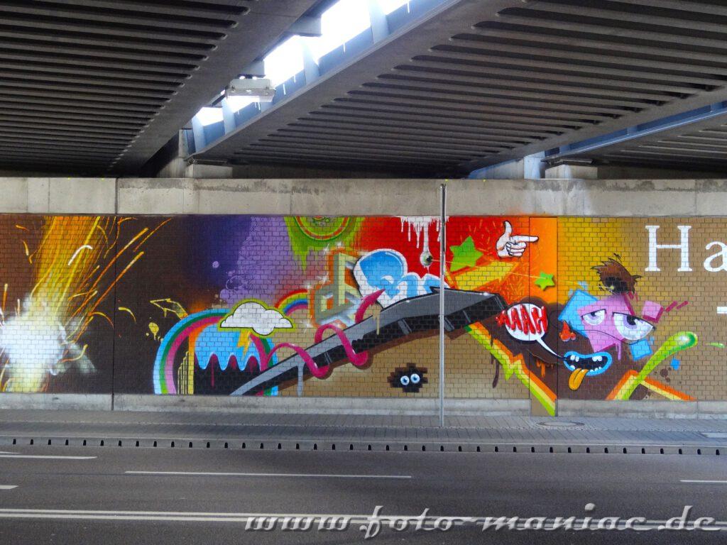 Graffito auf der Mauer einer Unterführung