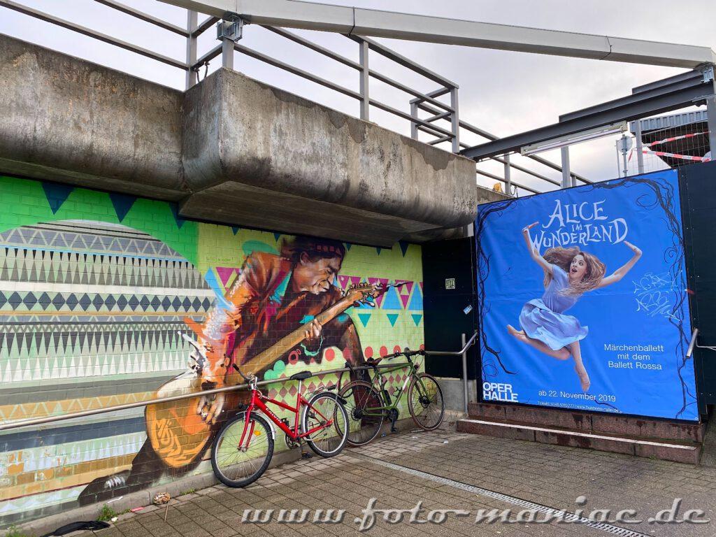 Graffito mit Gitarre spielenden Keith Richards