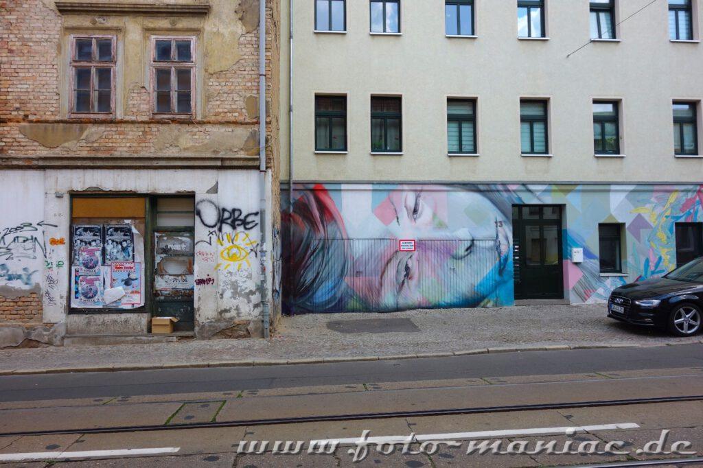 Gesicht auf einer Hauswand