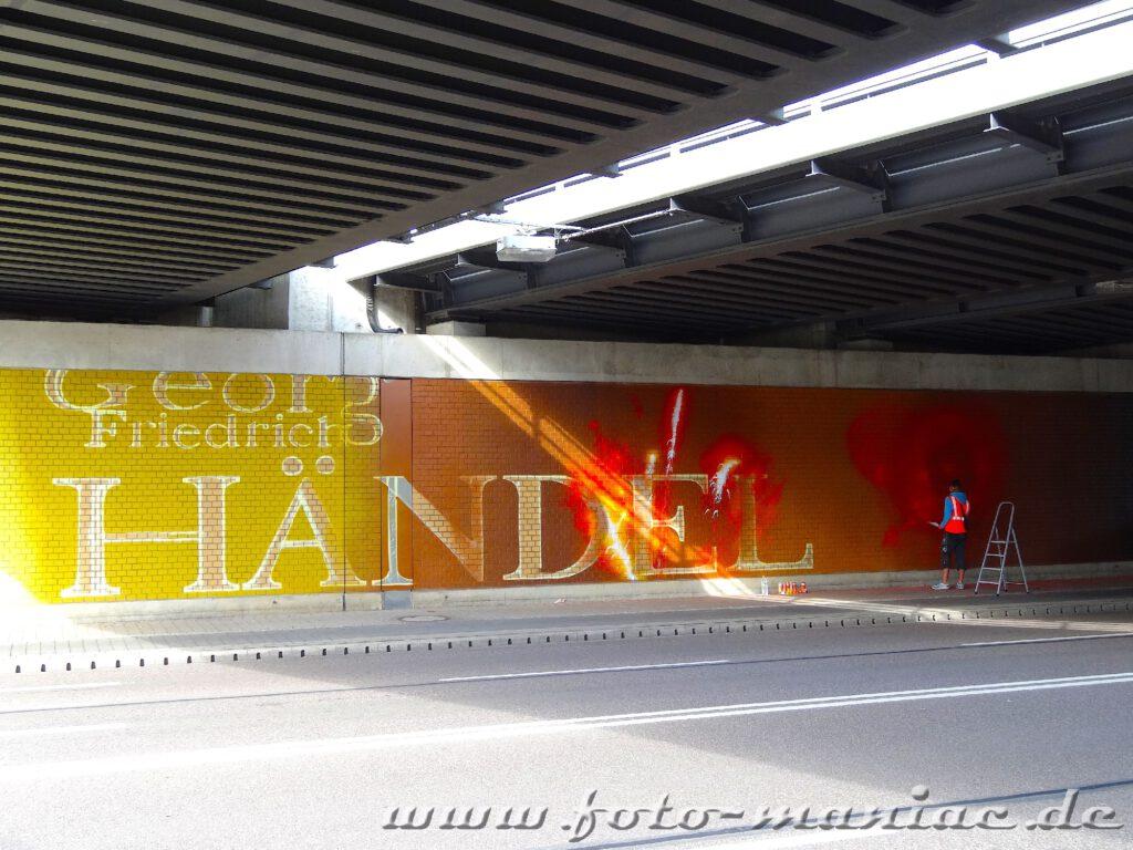 Schriftzug Georg Friedrich Händel in Gelb-Rot-Abstufungen