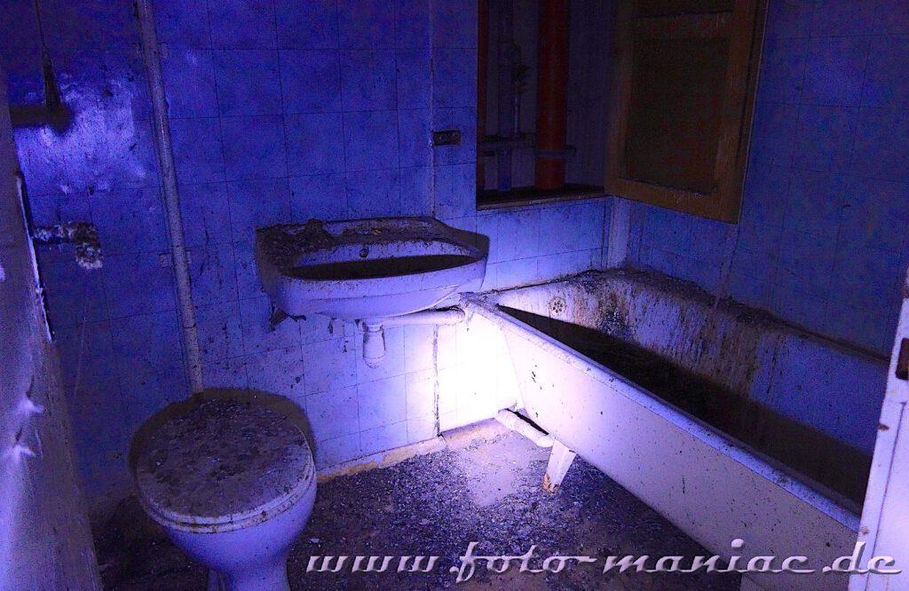 Beschmierte Sanitärkeramik