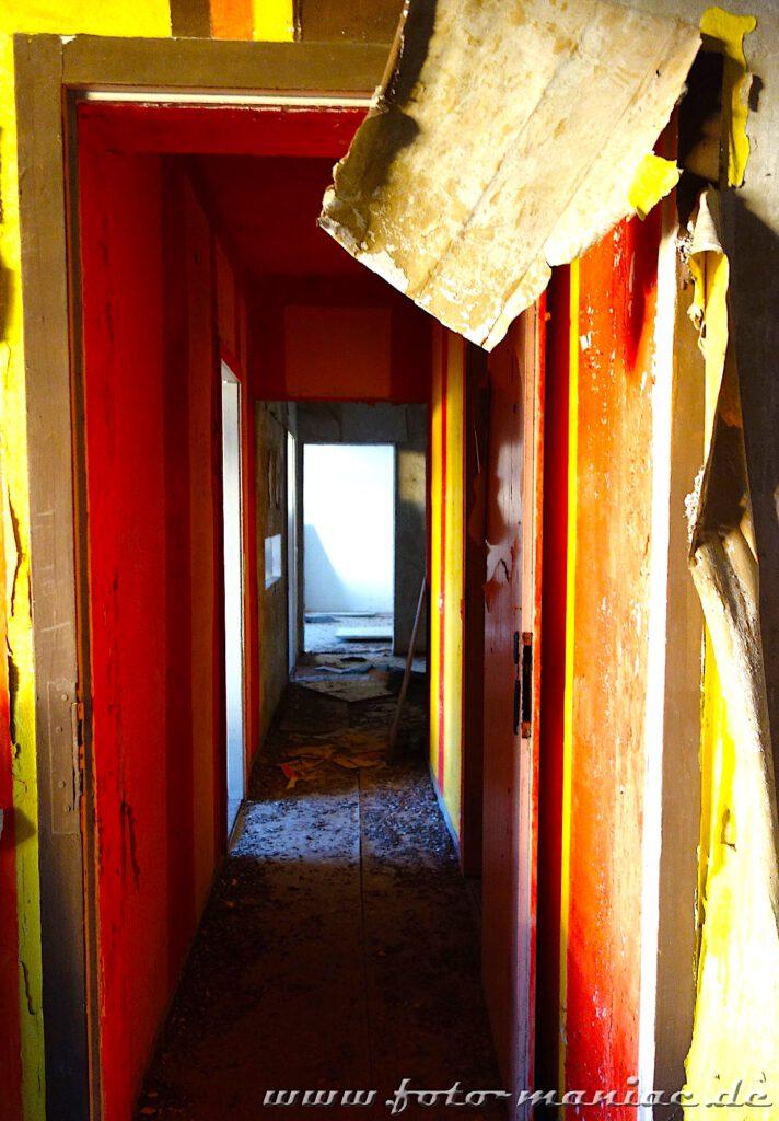 Blick durch offene Türen