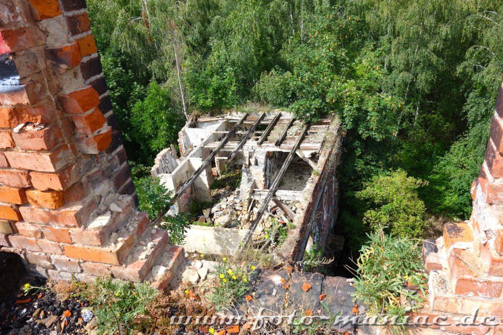Blick von oben zeigt, dass das Gebäude der Spritfabrik in Halle kein Dach mehr hat