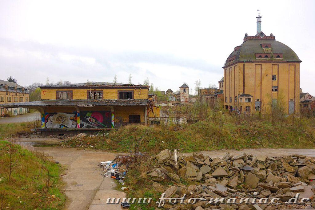 Produktionsgebäude sowie Rampe der Brauerei Sternburg