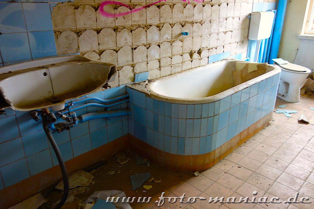 Blick in ein Bad in der verlassenen Brauerei Sternburg