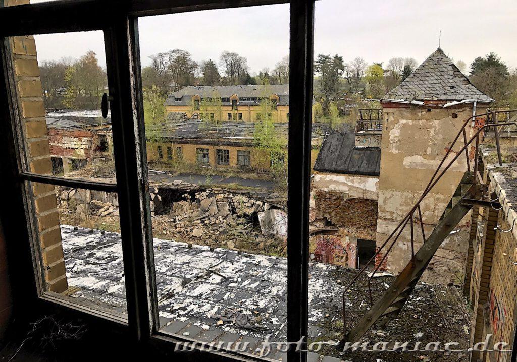 Blick auf marode Bausubstanz der verlassenen Brauerei Sternburg