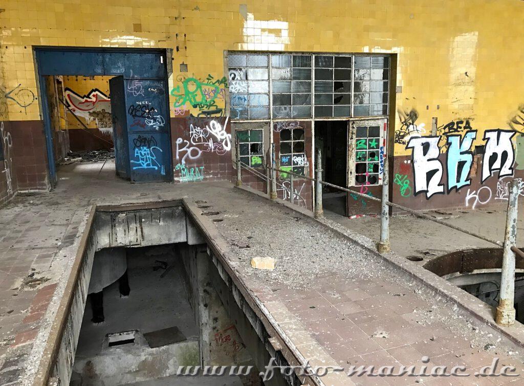 Blick in eine Produktionshalle der verlassenen Brauerei Sternburg