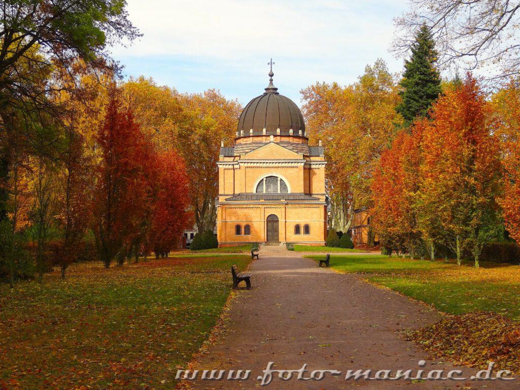 Die Kapelle des Südfriedhofs zählt zu den fotogenen Ecken in Halle