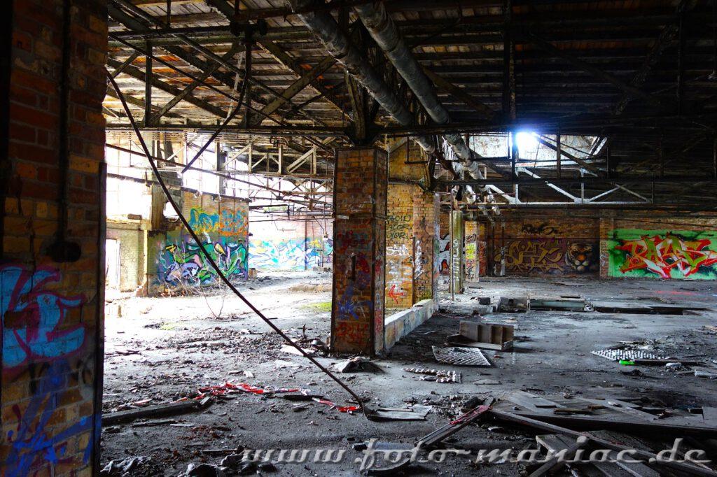 Marode Werkhalle in der verlassenen Freyberg-Brauerei in Hall