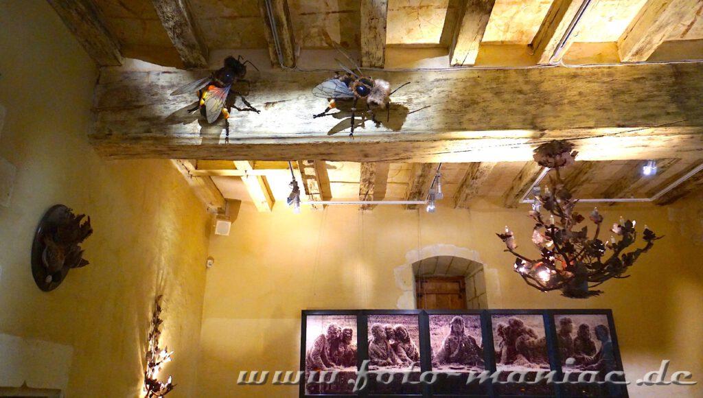 Fliegen an der Decke im märchenhaften Chateau Rivau