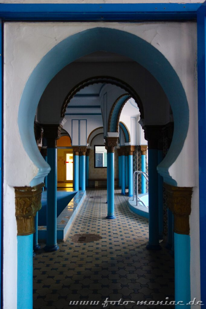 Orientalische Bögen im Saunabereich des prächtigen Stadtbads Leipzig