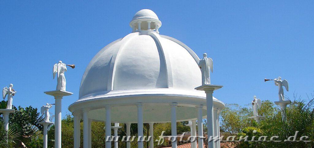 Kuppel des Hochzeitspavillons