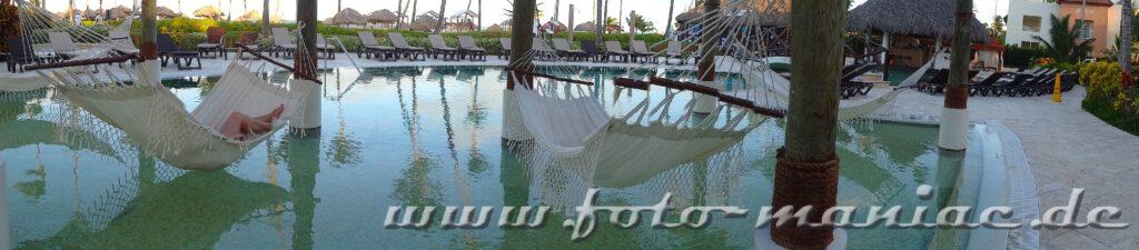 Abhängen im Paradies in der Karibik