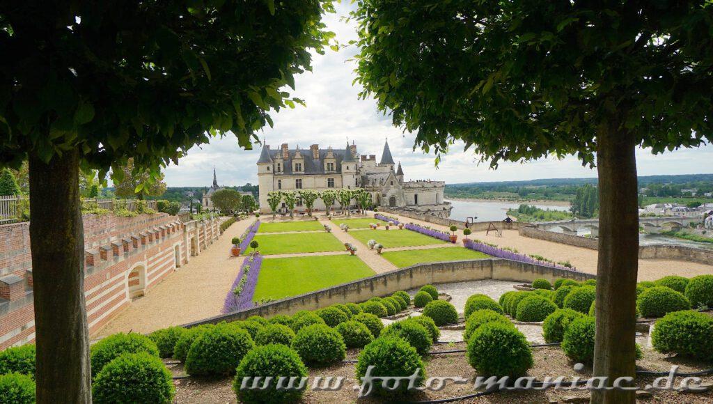 Beim Besuch im Schloss Amboise ist der Garten ein Highlight