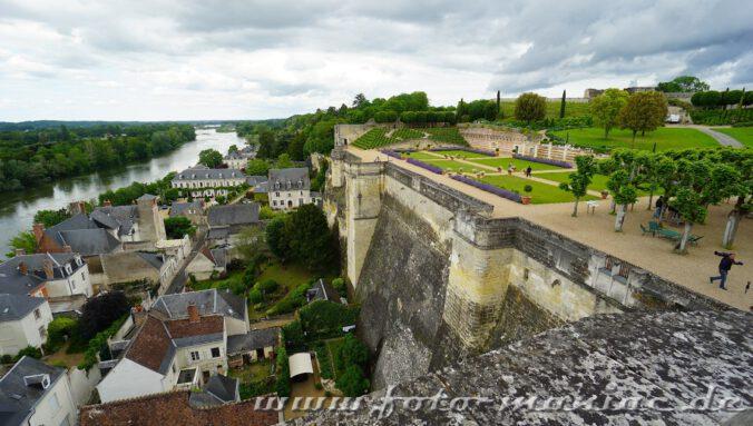 Besuch im Schloss Amboise - hier Blick in den Schlossgarten