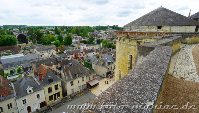 Beim Besuch im Schloss Amboise kann man auch von oben auf die gleichnamige Stadt schauen
