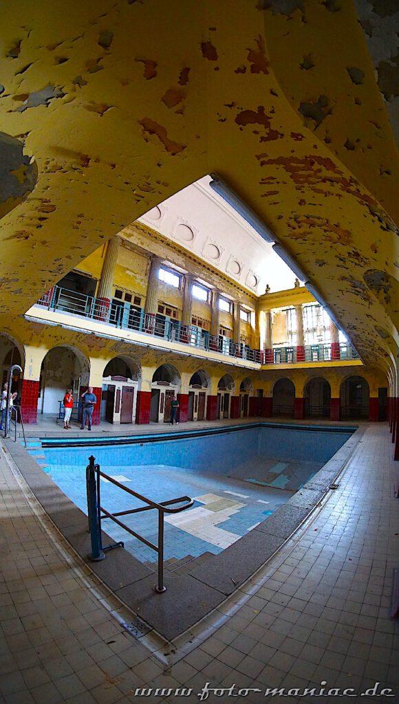 Frauenschwimmhalle im Stadtbad Leipzig