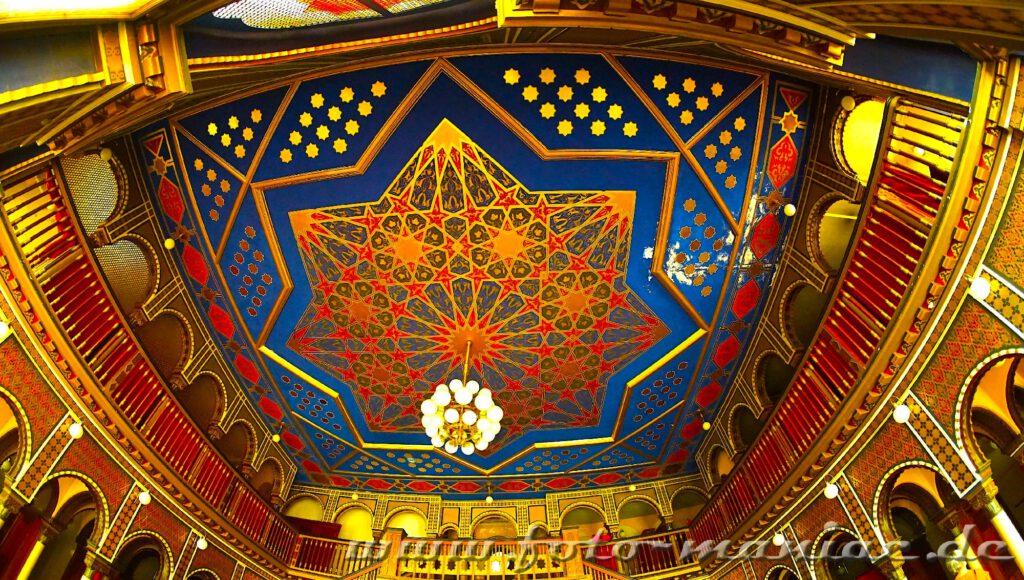 das prächtige Stadtbad Leipzig - Sternendecke im Ruhebereich der orientalischen Sauna 1. Klasse