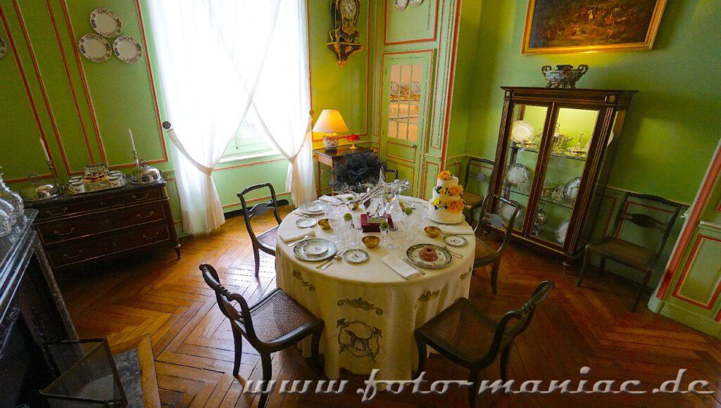 Gedeckter Tisch im Chateau Cheverny