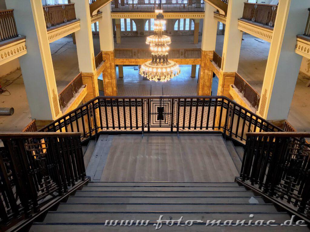 Breite Treppe im Görlitzer Kaufhaus