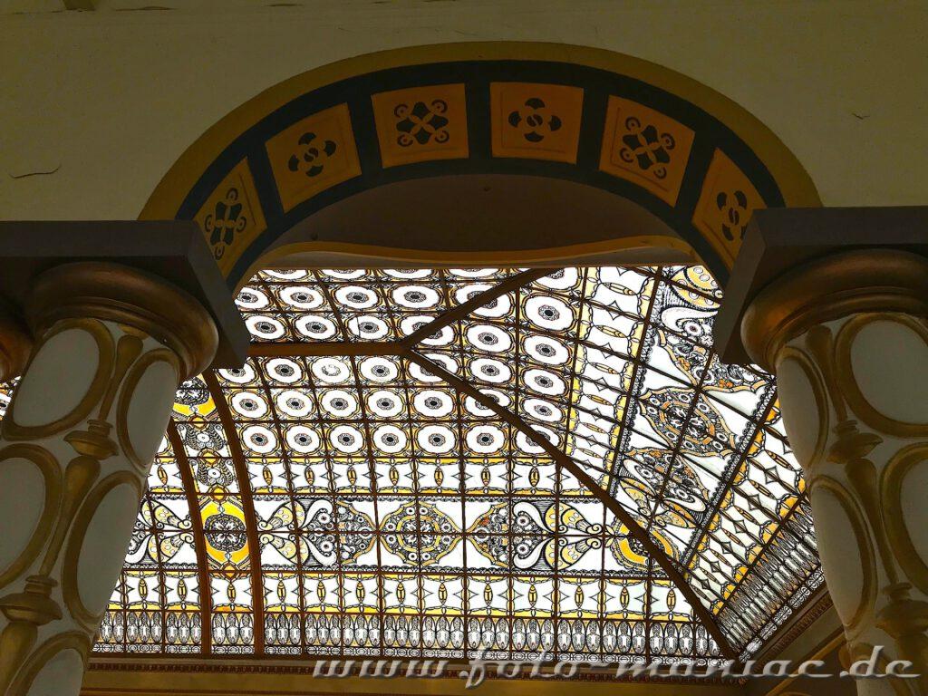 Ornamentdach im Stöcker-Kaufhaus